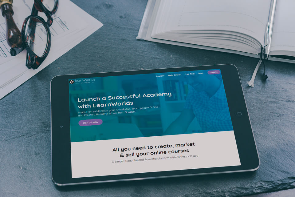Building an Online Course Business from Scratch | LearnWorlds Blog